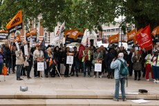 lambeth-council-workers-stike-for-a-living-wage