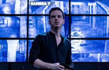 Andrew-Scott-as-Hamlet_3credit-Manuel-Harlan-700x455